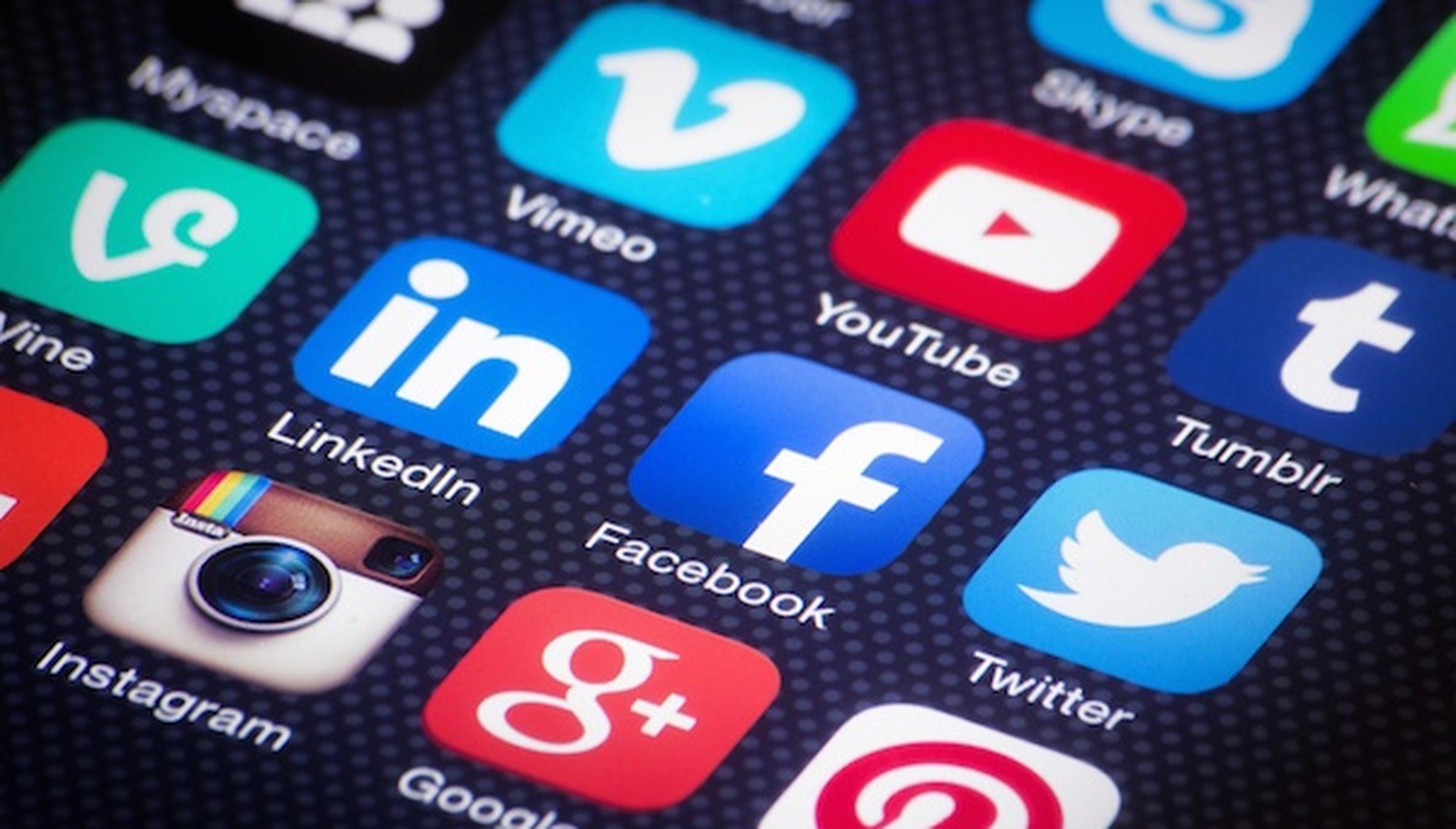 6 Texas Agents to Follow on Social Media