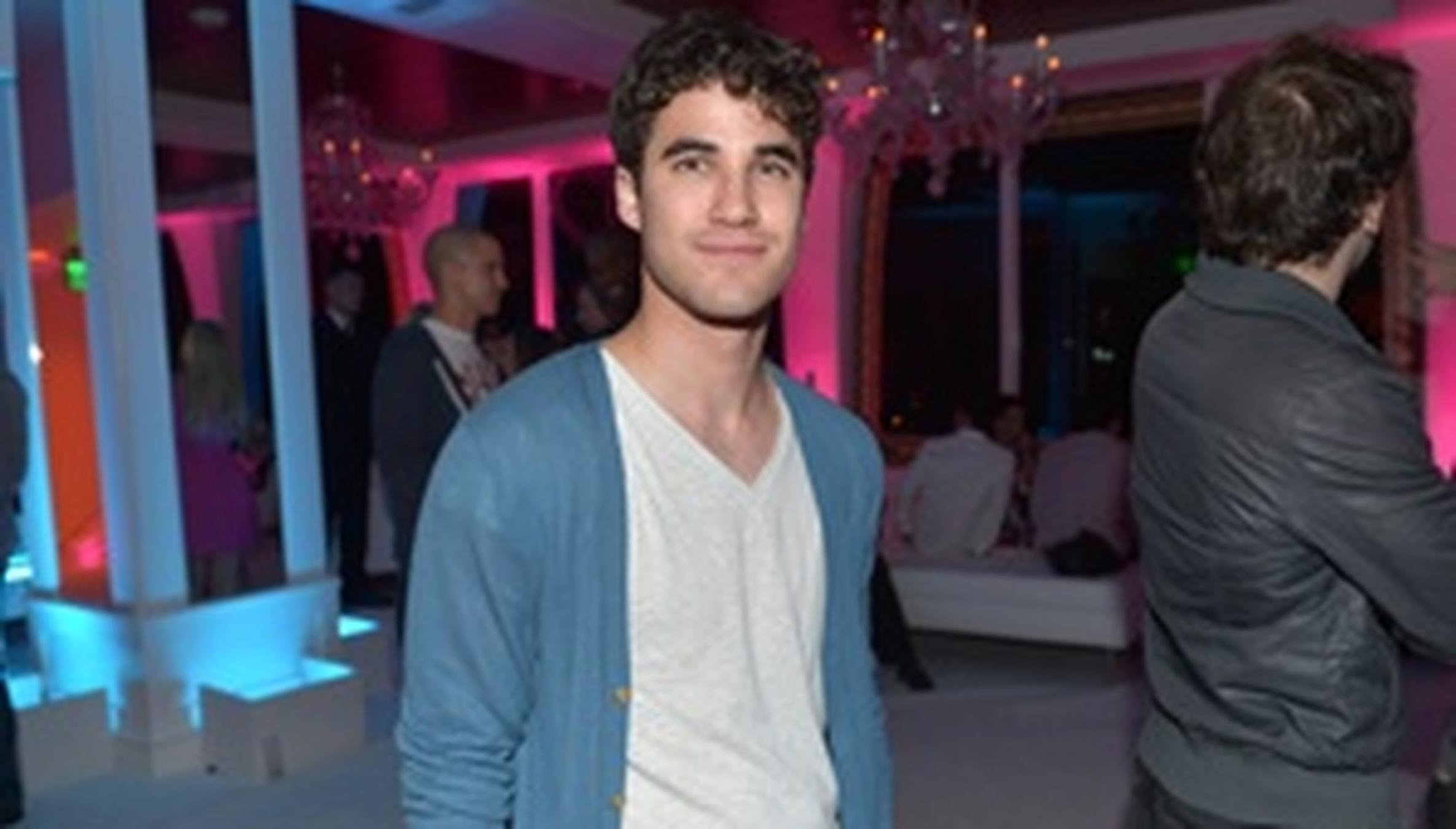 Glee star Darren Criss to replace Daniel Radcliffe on Broadway pictures