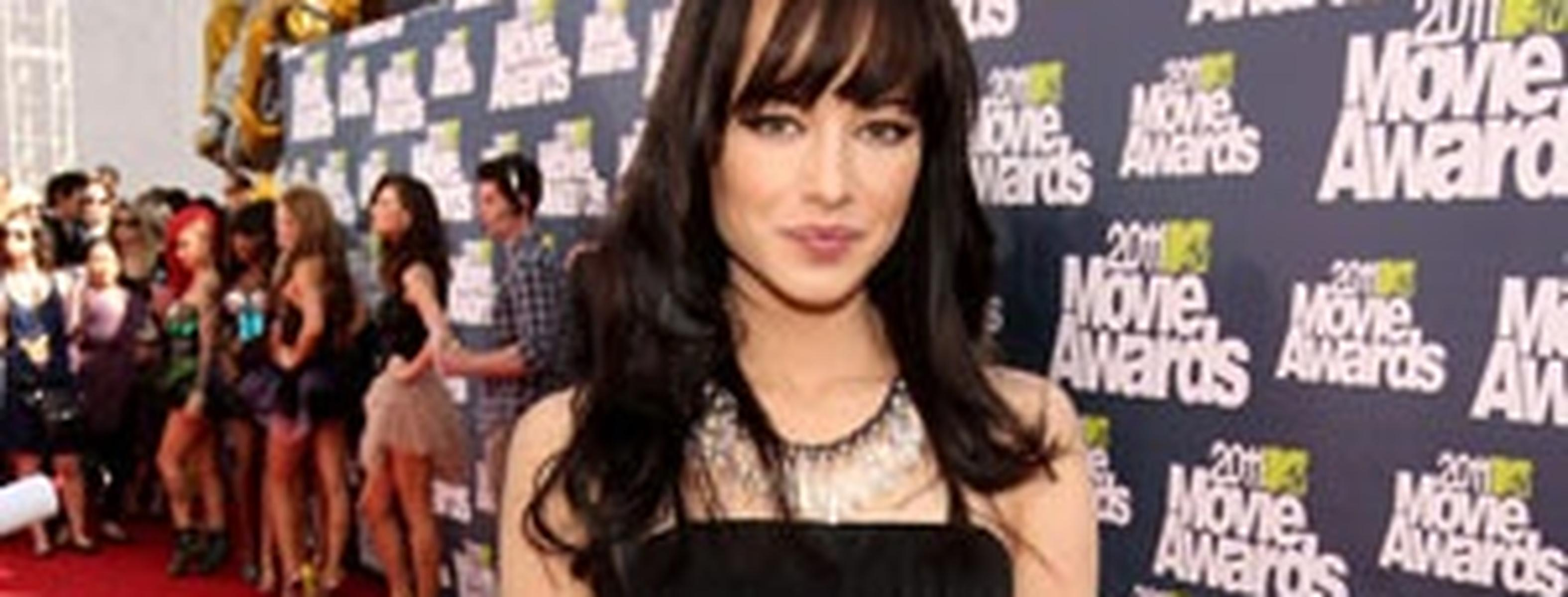 Ashley Rickards Nude Photos 12