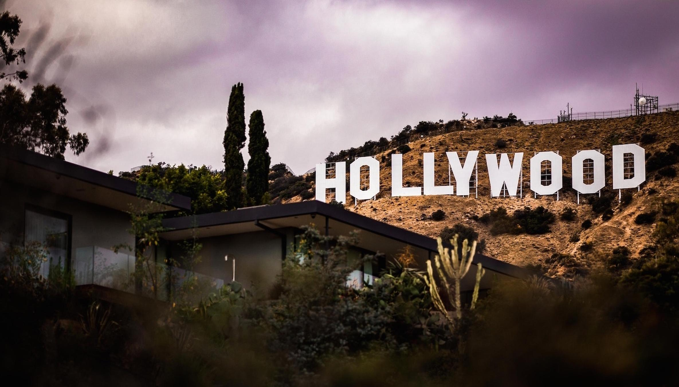 What You Need to Impress + Sign With an L A  Agent