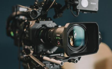 Commercials | Medium | Backstage