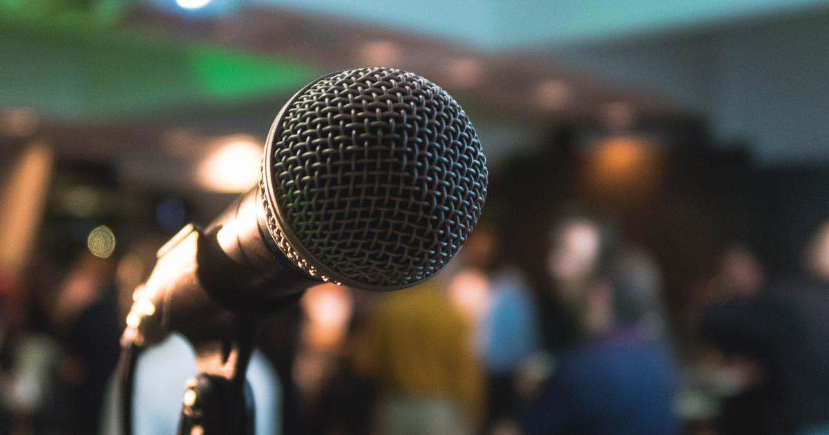 Do Standup Comedians Need to Join a Union? Here's What You Should Know