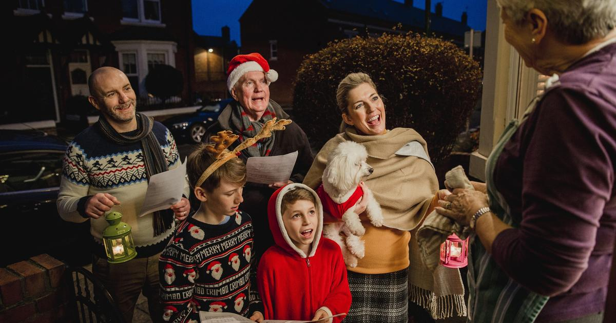 L.A. Casting: Sing With the Lil' Dickens Carolers This Holiday Season + More Great Gigs