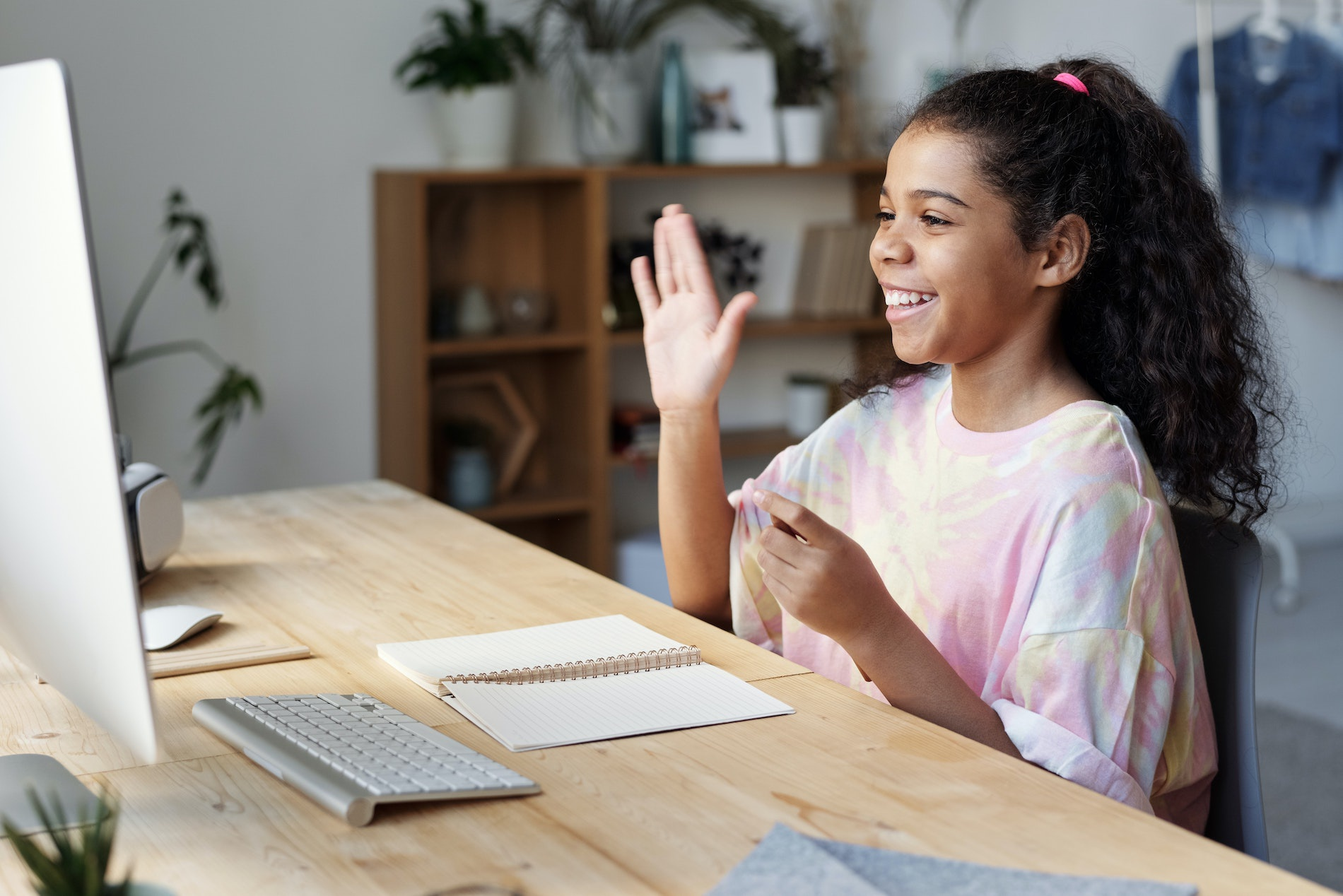 How to Choose an Online Acting Class for Your Child