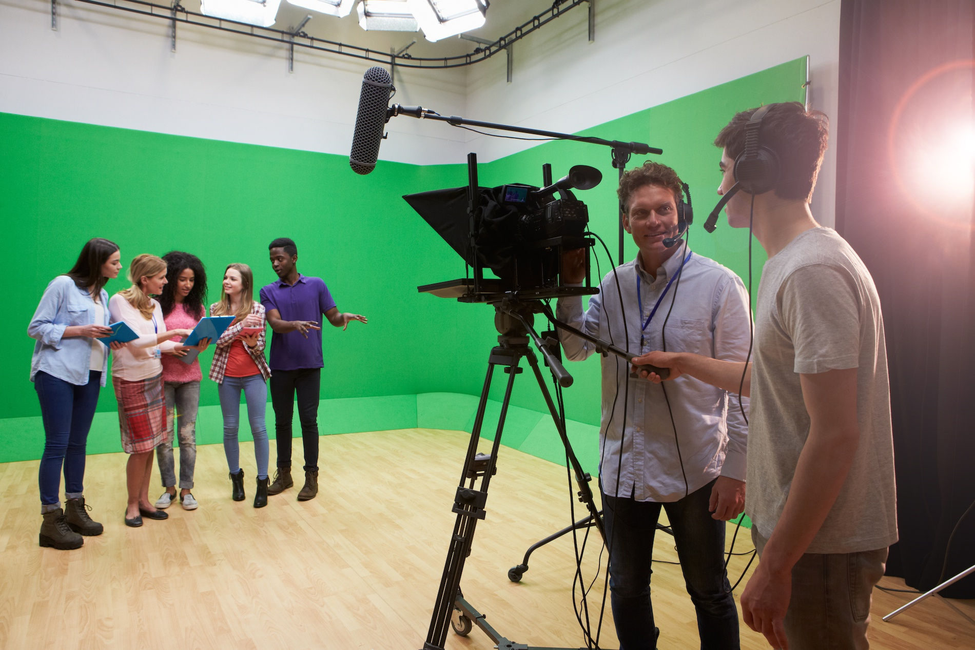 6 Film School Scholarships for Young Creators Needing a Boost