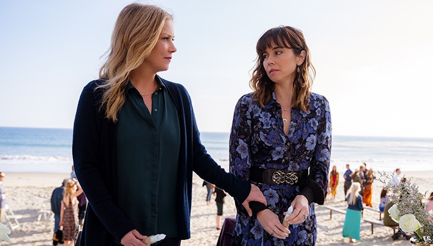 WATCH: Christina Applegate + Linda Cardellini Dive Into Netflix's 'Dead to Me'