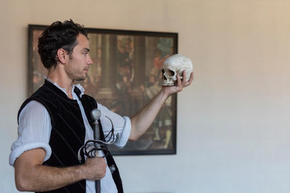 How To Memorize Shakespeare