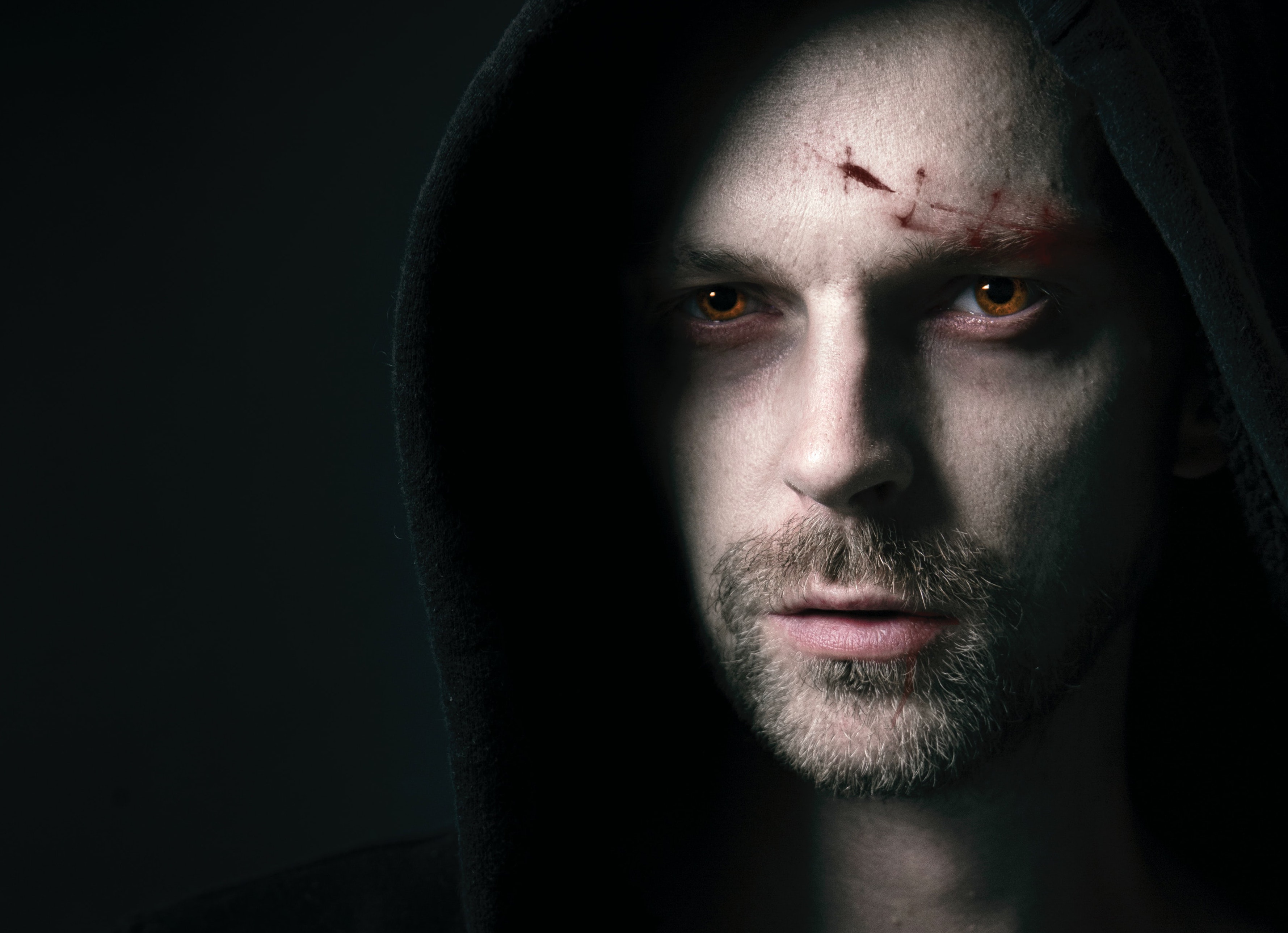 Now Casting: Actors for New 'Dracula' Film + 3 More UK Gigs