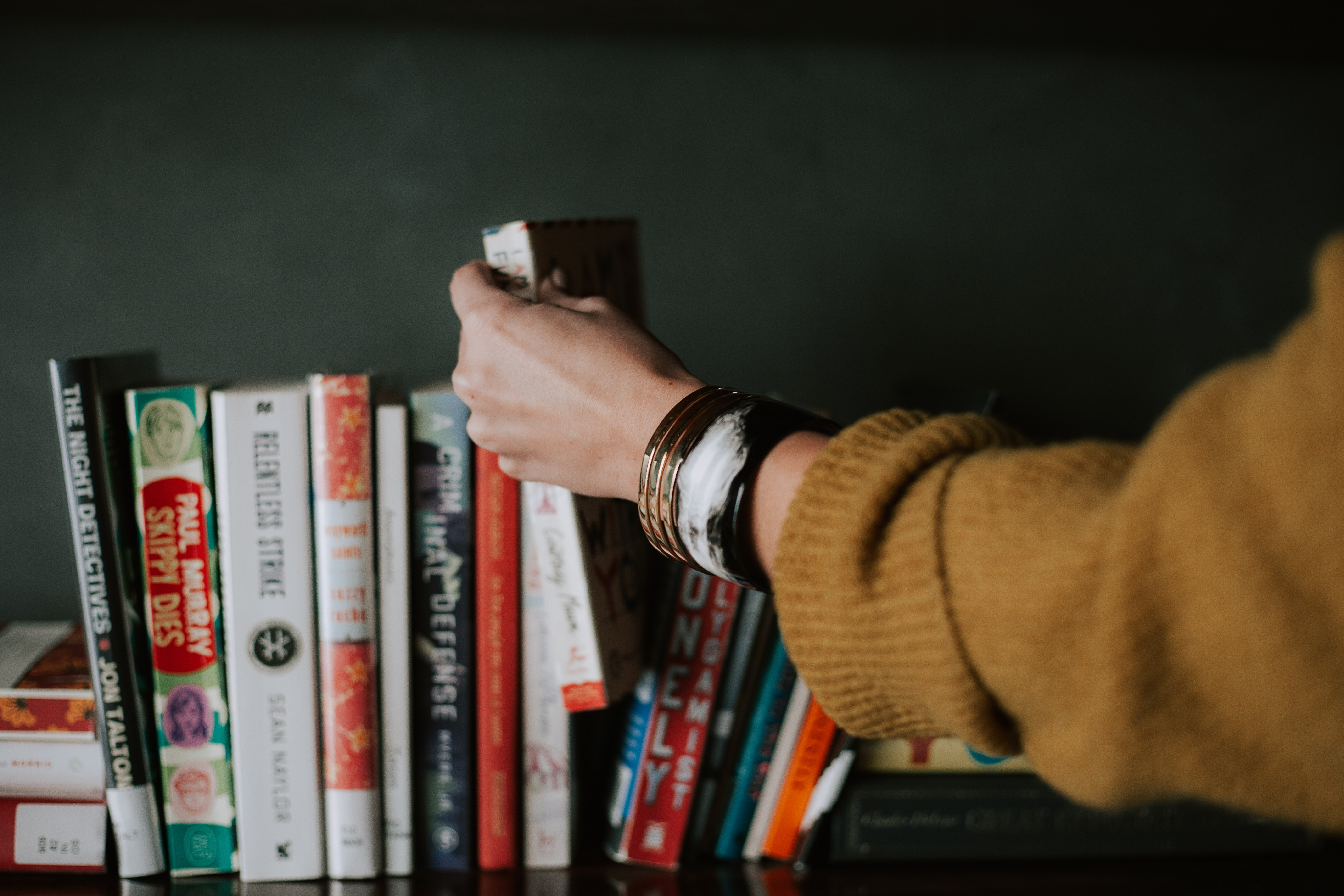 How Reading More Books Can Help You Be a Better Actor