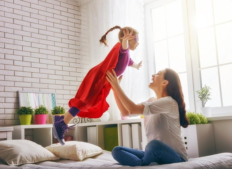 ibu pemarah, ibu gembira, ibu bahagia, anak gembira, anak sihat, bermain dengan anak, manfaat bermain dengan anak