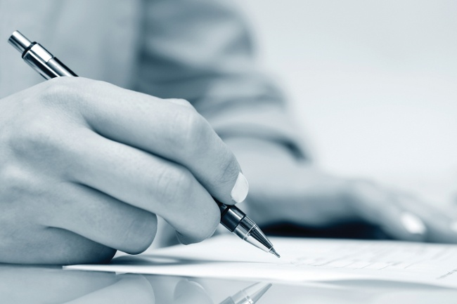 What to Consider When Signing a Contract