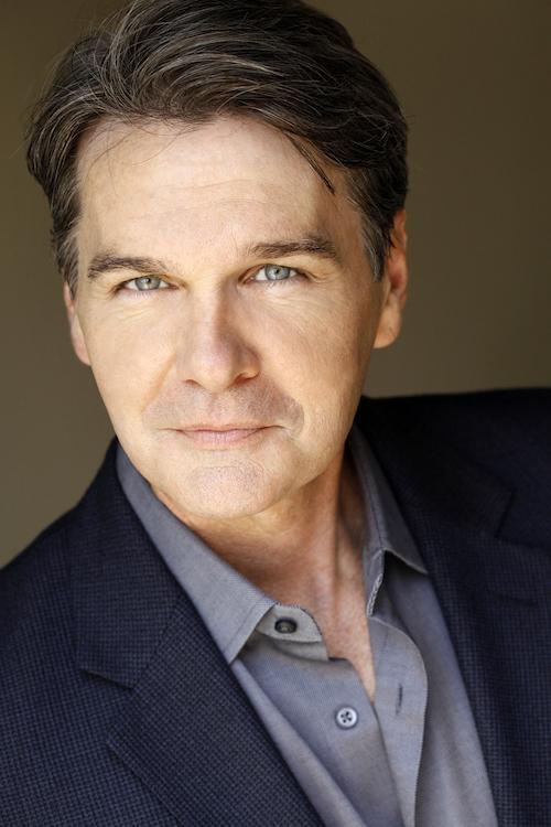 An LA Headshot Coach on the 5 Worst Headshot Mistakes Actors