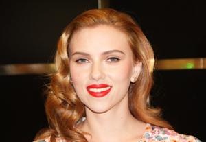 Scarlett Johansson To Make Broadway Debut