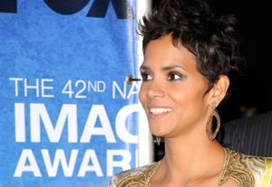 Halle Berry, Tyler Perry Honored at NAACP Image Awards