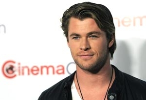 In 'Thor,' Chris Hemsworth Hammers on Hollywood's Door