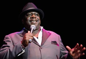 Cedric the Entertainer to Star in 'Hot in Cleveland' Spin-Off