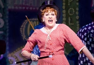 """Let Lorna Luft Sing in """"White Christmas: The Musical"""" and She's Happy"""