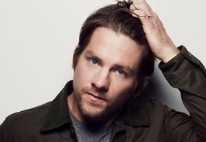 Happy Beginnings and 'Happy Endings' for Zachary Knighton