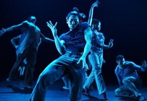 Dance Review: Cedar Lake Contemporary Ballet
