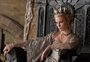 Tim Grierson Reviews 'Hide Away' and 'Snow White and the Huntsman'