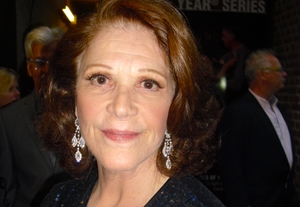 Linda Lavin Doesn't Give Advice, But Shares Her Experience