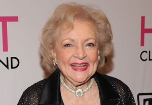 Betty White Scores Emmy Win for `SNL' Hosting Gig
