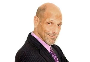 Comedian Robert Schimmel Killed In Car Crash