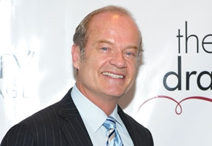 Actor Kelsey Grammer Gets Hitched on Broadway