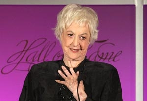 'Golden Girls' Star Bea Arthur Dies at 86