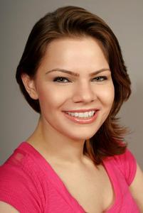 Heather Roiser - Heather Roiser Commercial Headshot