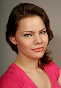 Heather Roiser - Heather Roiser Headshot