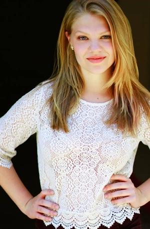 Danielle Turner - Turner_Danielle_3559_xret_c