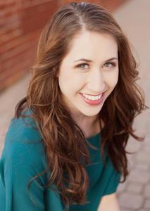 Alyssa  Broun - Alyssa Broun Momento-Headshots-0005