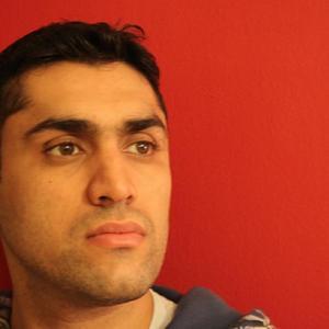 Irfaan Mirza - headshot 4.jpg