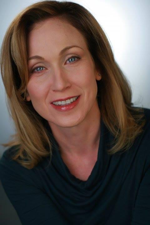 Patricia O'Neil - PONeil_Headshot.jpg