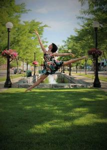 Emily Thomas - dance.jpg