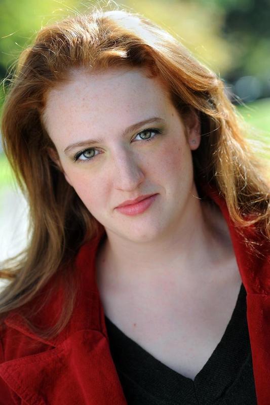 Caitlin Taylor - Headshot