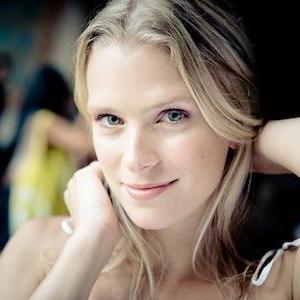 Emily Johansson - Emily Johansson