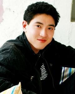 Joshua Chang - Sitting