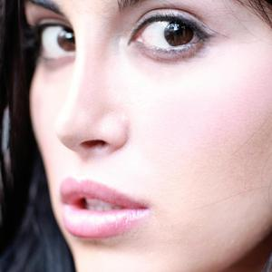 Kristin Kett - Close-Up.