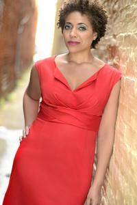 Pamela Thomas - Pamela Monroe_Primetime_Corporate Powerhouse