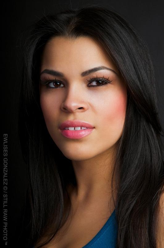 Chevonne  Machuca - Headshot 1