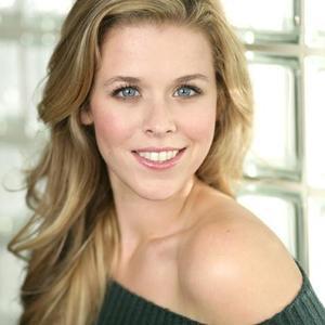 Heather Lundstedt - headshot2