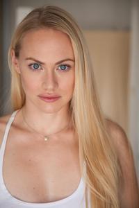 Kelsey Deanne - Headshot - Main.jpg