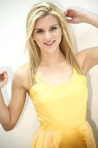 Claire Bryan - Yellow (HS 7)