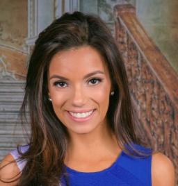 Karina Ramirez - Headshot.png