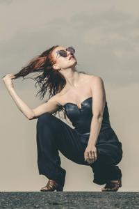 Emma Orelove - portrait1.jpg