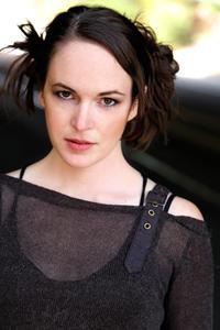 Sarah Nicklin - AT2A9933-rev.jpg