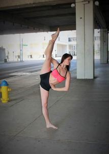 Emily Thomas - dance2.jpg