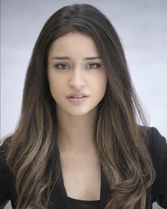 Anna Naumi - Headshot